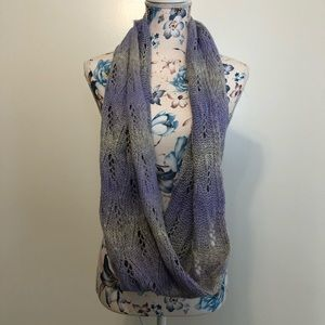 AEO gray and purple crochet infinity scarf